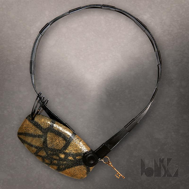 gold-necklace-bendida
