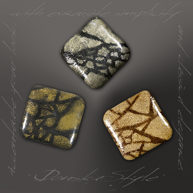 3square-brooches